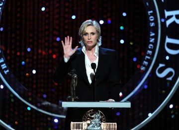Jane Lynch introduces honoree Betty White.