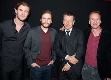 Chris Hemsworth, Daniel Brühl, Writer Peter Morgan and Producer Andrew Eaton