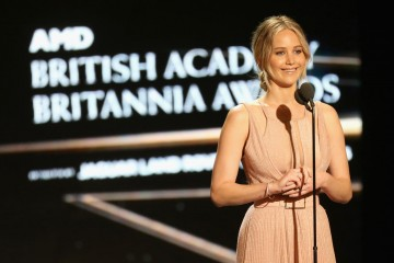 Jennifer Lawrence introduces Jodie Foster who was honored with the Stanley Kubrick Britannia Award for Excellence in Film.