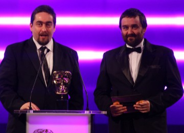The Pickford brothers present the award for Online Browser.