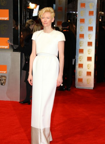 This is Tilda's first Leading Actress nomination (for We Need To Talk About Kevin), having previously won for her supporting role in Michael Clayton. She is wearing a dress by Celine.