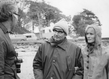 Wolf with Virginia McKenna talking to director Jack Couffer on the set of 'Ring of Bright Water' (1969)
