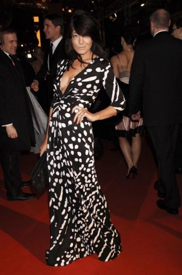 Television presenter Claudia Winkleman made an impression in a black and white Issa dress and Jimmy Choo shoes (pic: BAFTA / Richard Kendal).