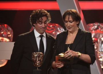 Stephen Mangan and Miranda Hart open the envelope to reveal the Entertainment Performance winner. ©Steve Butler