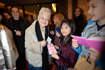 Jacqueline Wilson signs for her fans