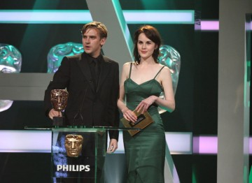 Downton Abbey's Dan Stevens and Michelle Dockery present the Features award.