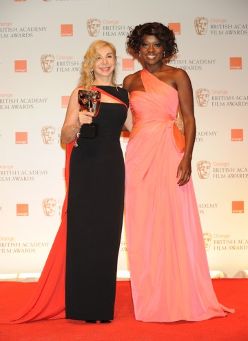 Winner Francesca Lo Schiavo with presenter Viola Davis.