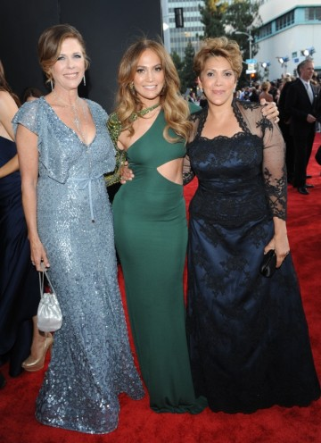 Rita Wilson with Jennifer Lopez & her mother Guadalupe Lopez
