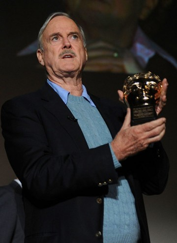 John Cleese accepts the BAFTA Special Award at the Monty Python Reunion Event in New York on 15 October 2009 (© BAFTA)
