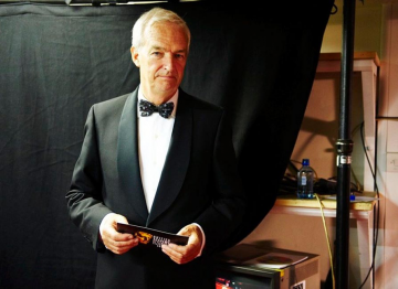 Jon Snow backstage at the 2009 BAFTA Television Awards.