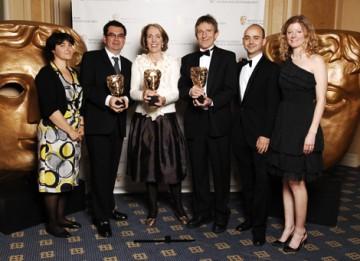 The team behind Mi Vida Loca: Real Spanish, Real Drama celebrate their Interactive Innovation - Service/Platform award (BAFTA / Richard Kendal).