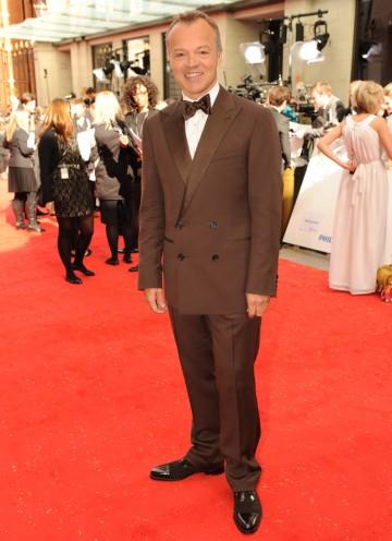 Norton arrives at Grosvenor House ahead of hosting the show. (Pic: BAFTA/Richard Kendal)