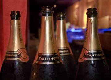 Guests toasted the success of the evening with a glass of Champagne Taittinger