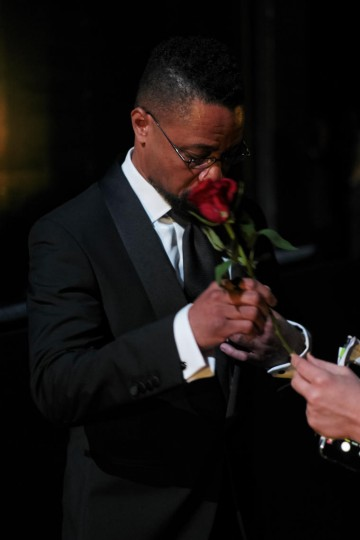 Cuba Gooding Jr. in the valentines spirit at London's Royal Opera House