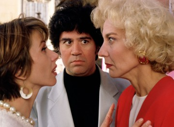 Facing off with Victoria Abril and Marisa Paredes on the set of High Heels (1991). ©Mimmo Cattarinich