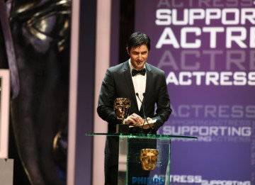 TV actor Richard Armitage presents the BAFTA for Supporting Actress. (BAFTA/Steve Butler)