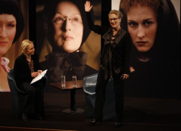 A packed audience of film fans and BAFTA members welcome Meryl to the stage in the Princess Anne Theatre at BAFTA Headquarters (BAFTA / Marc Hoberman).