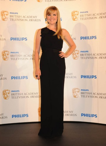 Ashley Jensen presents the Entertainment Performance BAFTA (BAFTA/Richard Kendal).