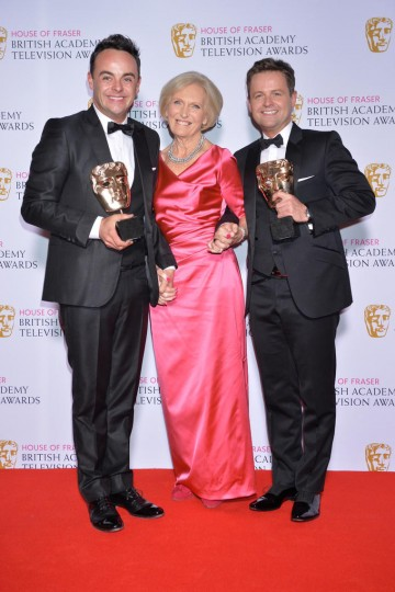 The BAFTA for Entertainment Performance in 2015 was presented by Mary Berry to Ant and Dec.