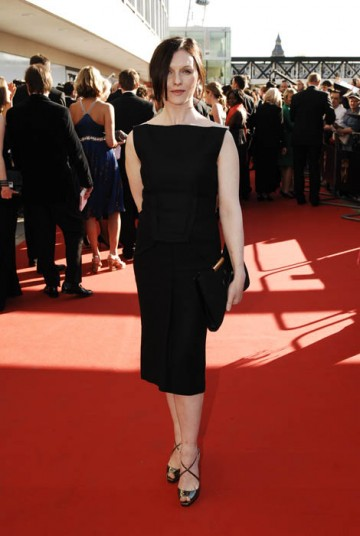 Dervla Kirwan, star of the Doctor Who Christmas Special, dazzled the waiting fans with a striking Roland Mouret dress (BAFTA / Richard Kendal).