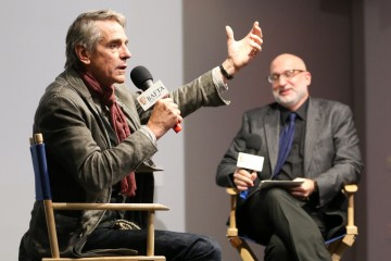Jeremy Irons, Joe Neumaier