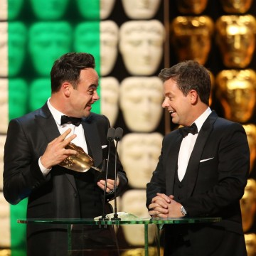 Ant and Dec accept the award for Entertainment Performance