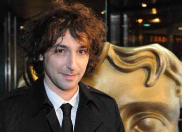 Alex Zane arrives at the GAME Video Games Awards to present the Use of Audio BAFTA (BAFTA / James Kennedy).