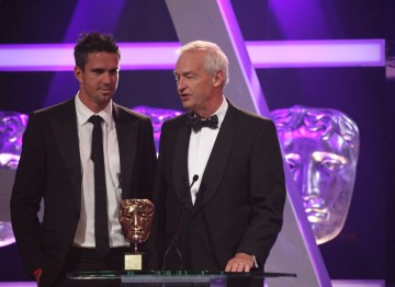 Cricketer Kevin Pieterson is joined by news broadcaster Jon Snow to present this year's coveted BAFTA Fellowship.