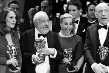 Julianne Moore, Mike Leigh, Patricia Arquette, Eddie Redmayne and J.K. Simmons pose with their awards after the ceremony.