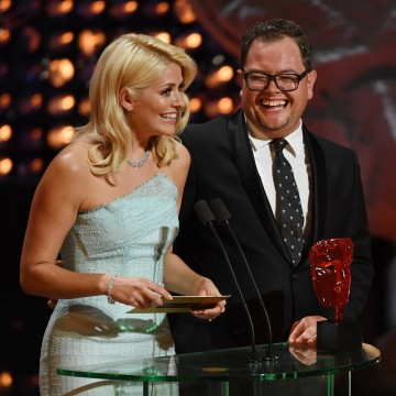 Holly Willoughby & Alan Carr present Virgin TV Must See Moment