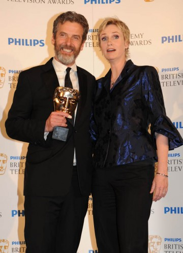 Winner of Male Performance in a Comedy Show, Peter Capaldi for The Thick of It with Glee's Jane Lynch (BAFTA/Richard Kendal).