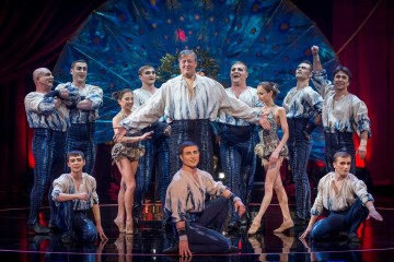 Stephen Fry performs with Cirque Du Soleil