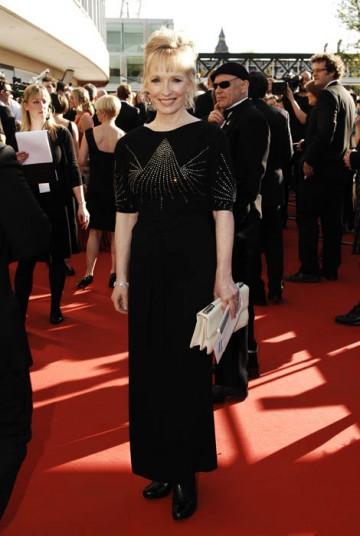 Actress Lindsay Duncan arrived at the Royal Festival Hall in a full-length black gown (BAFTA / Richard Kendal).