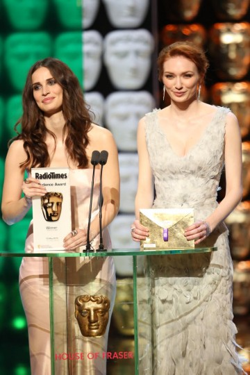 Eleanor Tomlinson and Heida Reed present the Radio Times Audience Award
