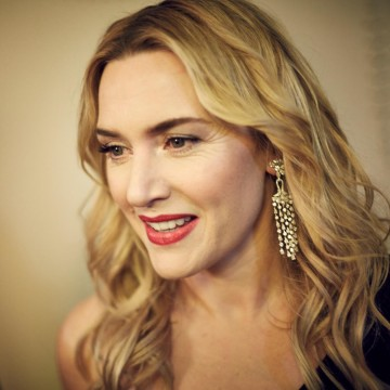 Kate Winslet relaxes backstage in the J. Kings Smoking Room at London's Royal Opera House