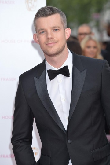 Russell Tovey looking sharp on the red carpet