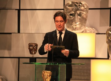 The Withnail & I and Luther actor presents the New Media award