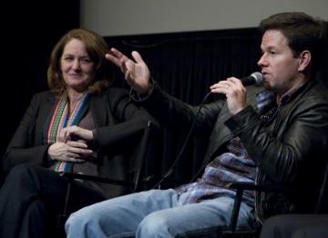 Melissa Leo and Mark Wahlberg
