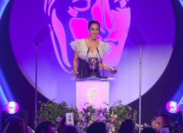 Oona Chaplin presents the Award for Editing: Fiction.