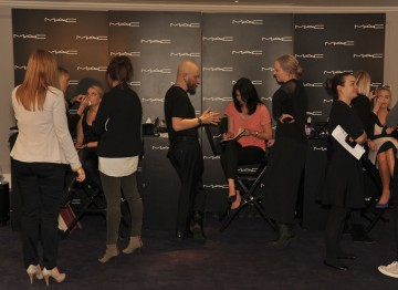 Talented MAC make-up artists make guests look fresh faced and gorgeous, ready to face the cameras on Awards night.