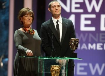 Lynda Bellingham and actor Max Brown present the New Media BAFTA. (BAFTA/Steve Butler)