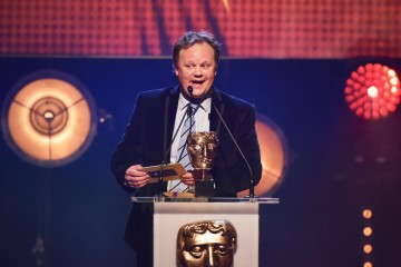 Justin Fletcher presents the BAFTA for Drama at the British Academy Children's Awards in 2015