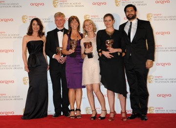 Mummifying Alan: Egypt's Last Secret picks up the BAFTA for Specialist Factual. The team celebrate their win alongside award presenters Sofie Grabol and Kayvan Novak.