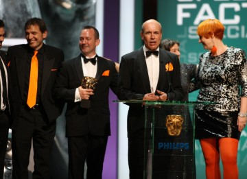 The team behind the Channel 4 production Inside Nature's Giants collect their award. (BAFTA/Steve Butler)