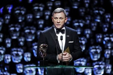 Daniel Craig presents Best Film