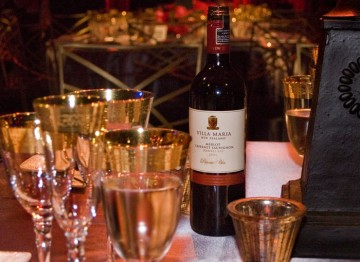 Guests enjoyed Villa Maria wine with their meal at the Brits to Watch Dinner