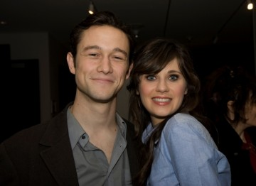 Joseph Gordon-Levitt and Zooey Deschanel.