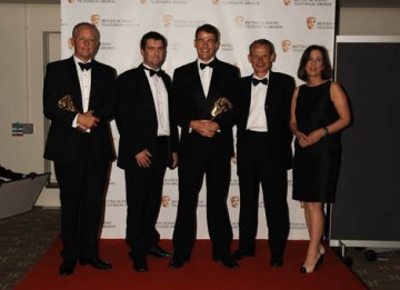 The ITN team celebrate their News Coverage BAFTA for News At Ten - Chinese Earthquake (BAFTA / Richard Kendal).