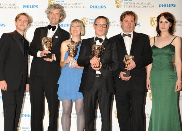 Dan Stevens and Michelle Dockery presented Andrew Palmer, Will Anderson, Hugh Fearnley-Whittingstall and Frankie Fathers with the Features BAFTA for Hugh's Fish Fight. (Pic: BAFTA/Richard Kendal)