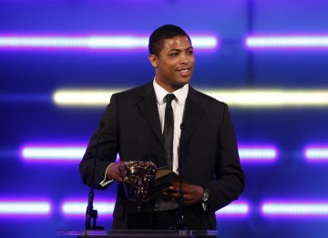 The England rugby union star announces the Handheld award winner. (Pic: BAFTA/Brian Ritchie)